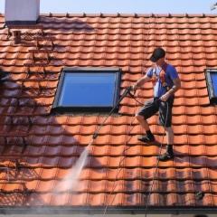 How To Safely Clean Your Roof